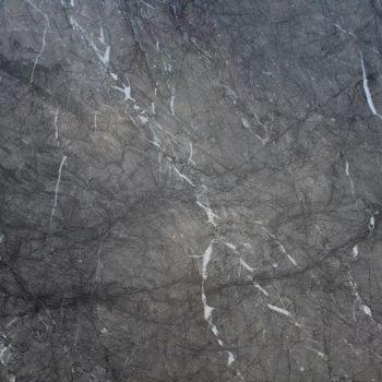 grigio-carnico-dark